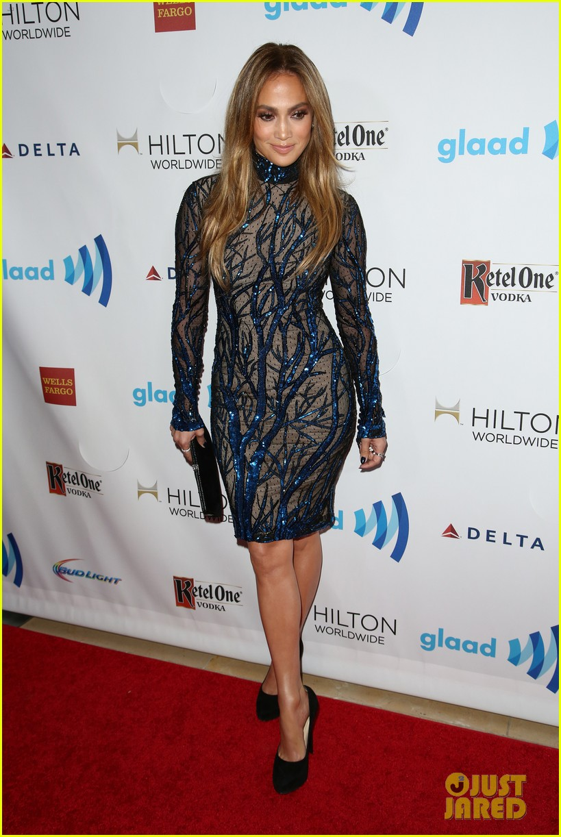 jennifer lopez glaad vanguard award boyfriend casper smart 183090046