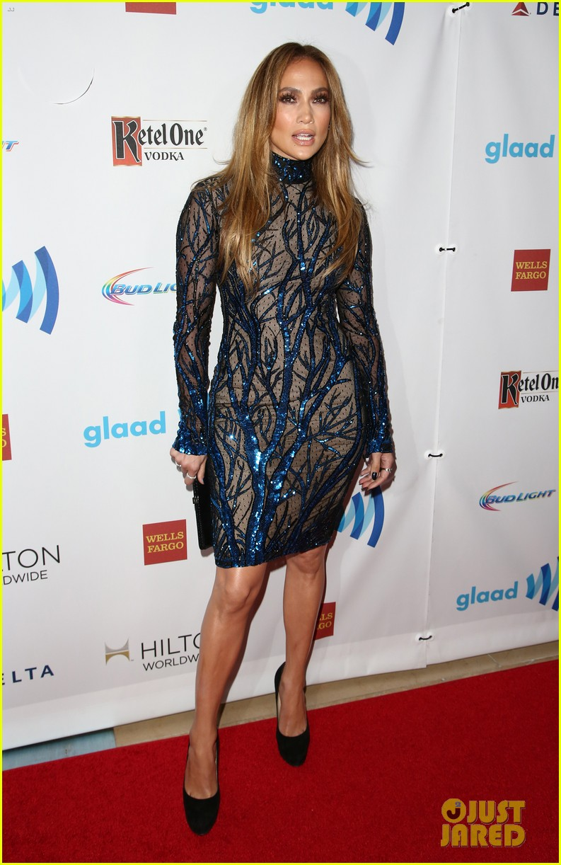 jennifer lopez glaad vanguard award boyfriend casper smart 223090050