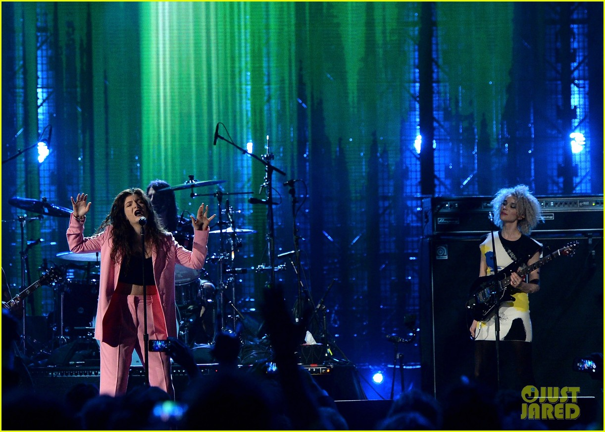 lorde nirvana rock roll hall of fame 043088977