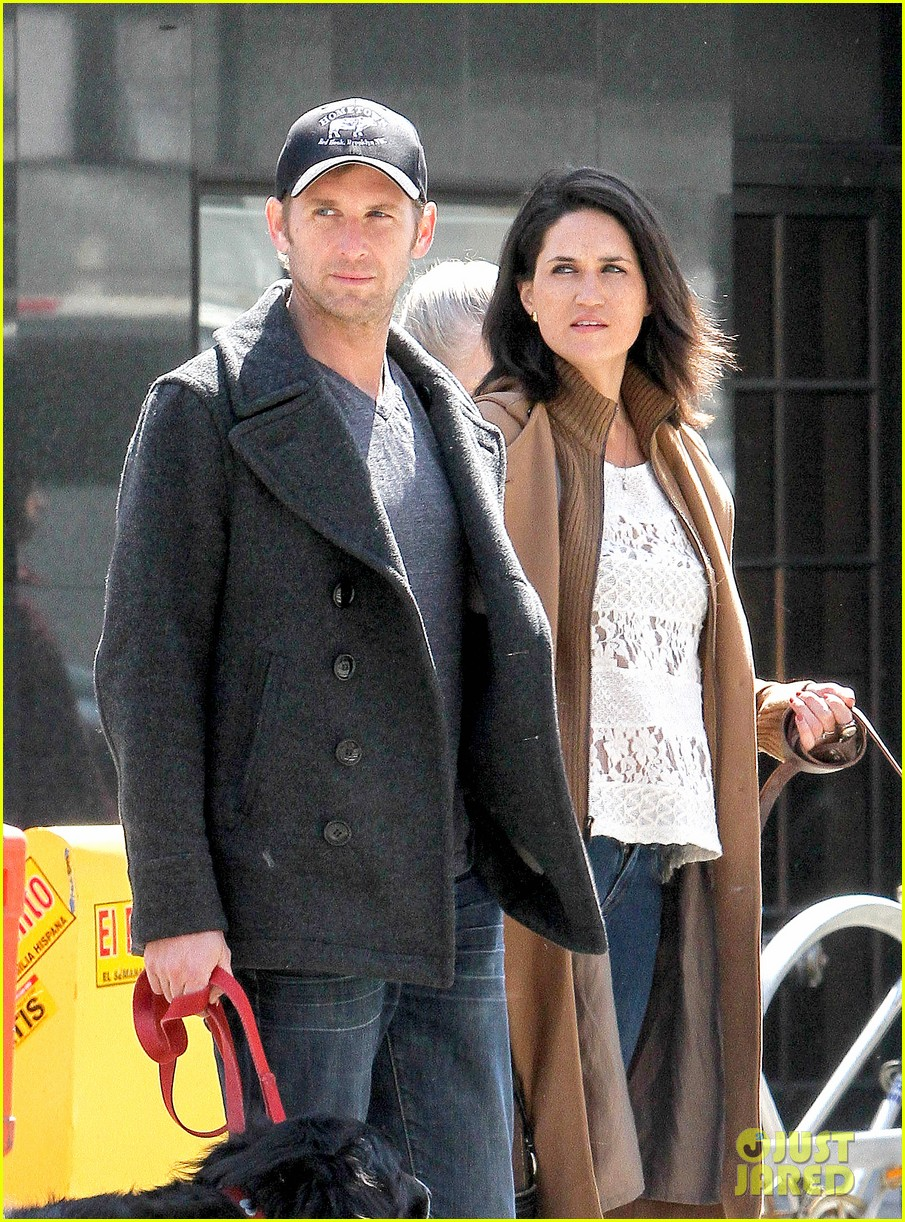 josh lucas jessica ciencin henriquez look very lovey dovey after divorce announcement 033084582