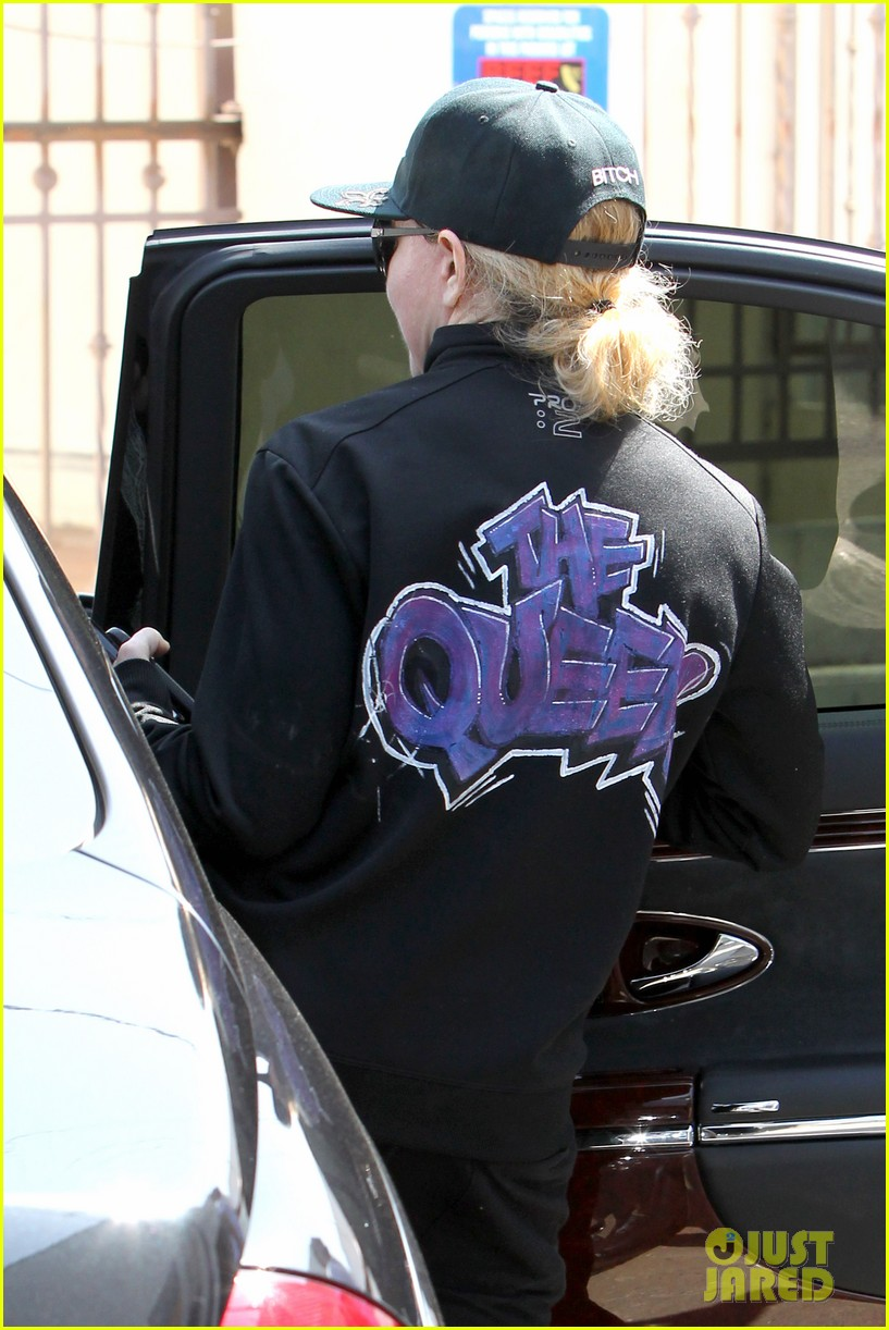 madonna is the queen of los angeles 033094418