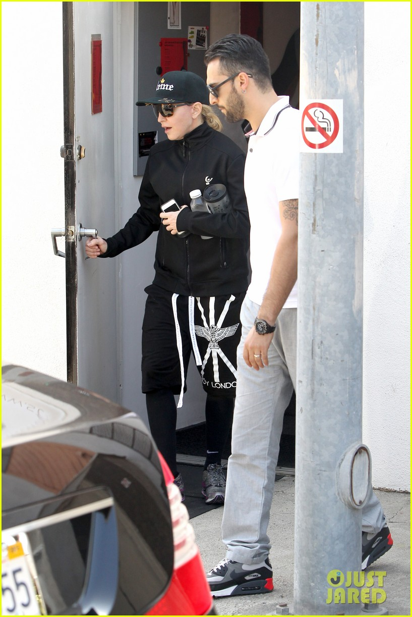 madonna is the queen of los angeles 15