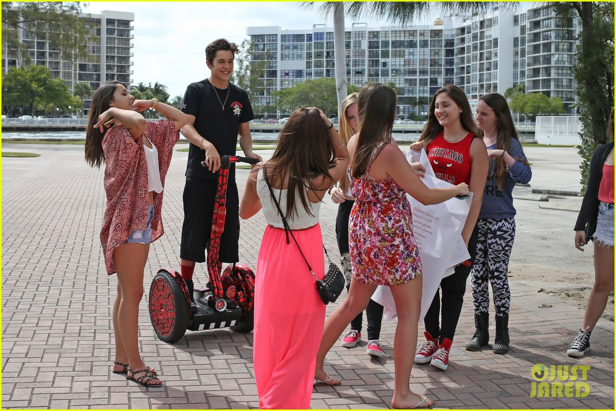 austin mahone shirtless 18th birthday 033084737