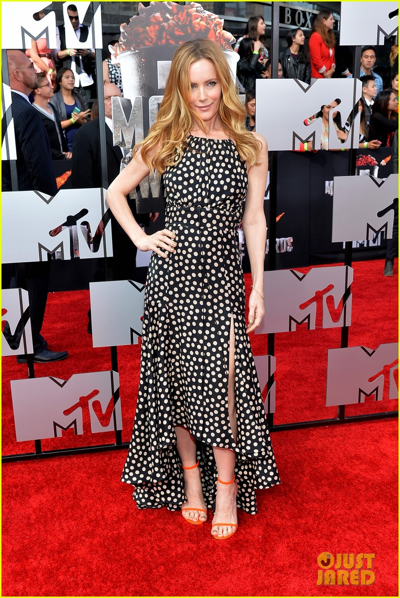 leslie mann brings the whole family to the mtv movie awards 2014 033091110