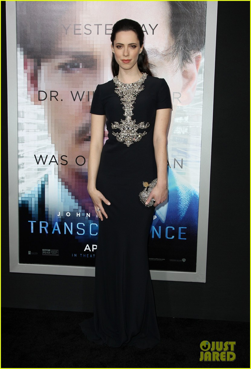kate mara paul bettany transcendence premiere 033088867