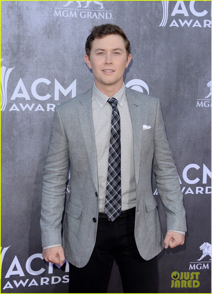 scotty mccreery acm awards 2014 red carpet 053085724