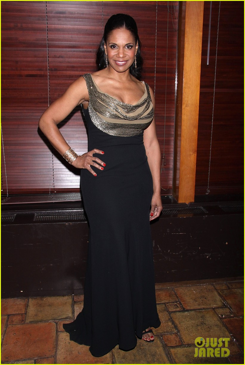 audra mcdonald makes debut as billie holiday on broadway 13