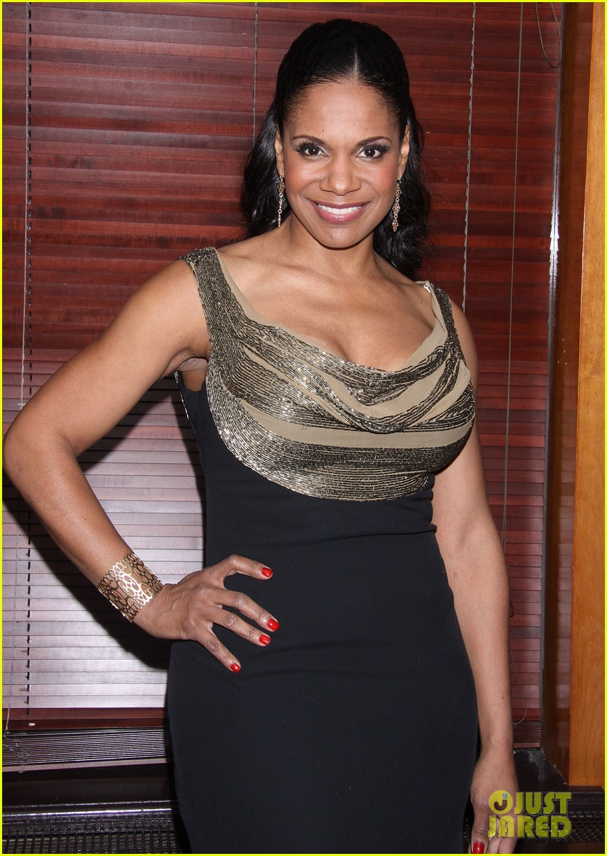 audra mcdonald makes debut as billie holiday on broadway 153091927