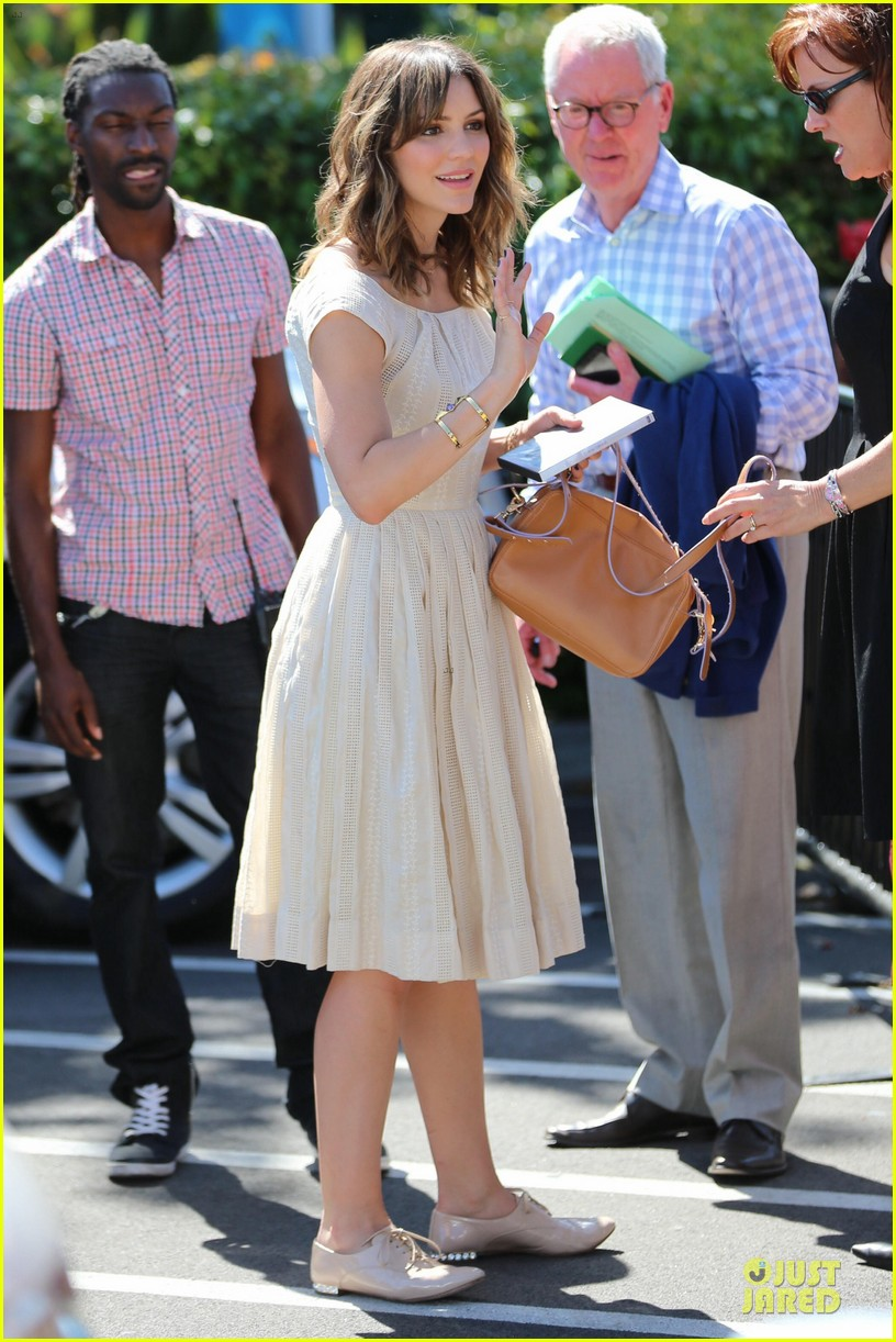 katharine mcphee enchanted by mike vogel 123092436