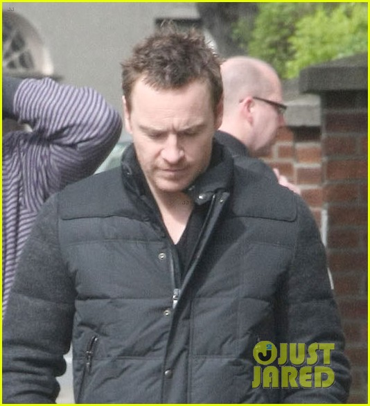 michael fassbender dating supermodel naomi campbell 053085512