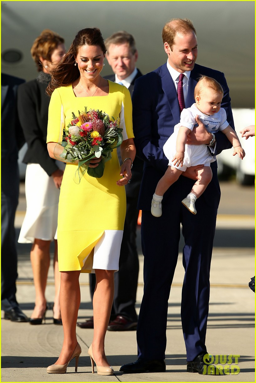 kate middleton changes into yellow dress to arrive in australia 093093092