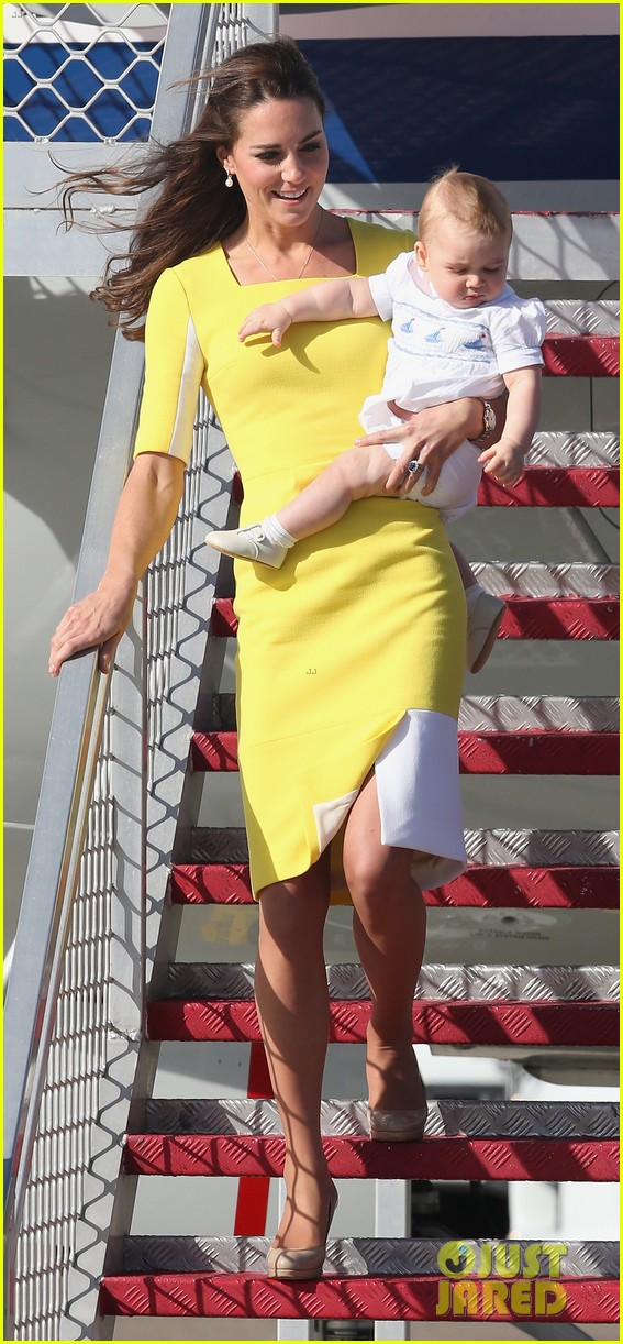 kate middleton changes into yellow dress to arrive in australia 103093093