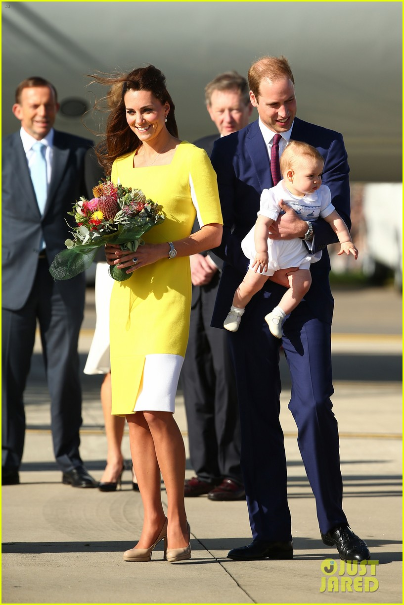 kate middleton changes into yellow dress to arrive in australia 183093101