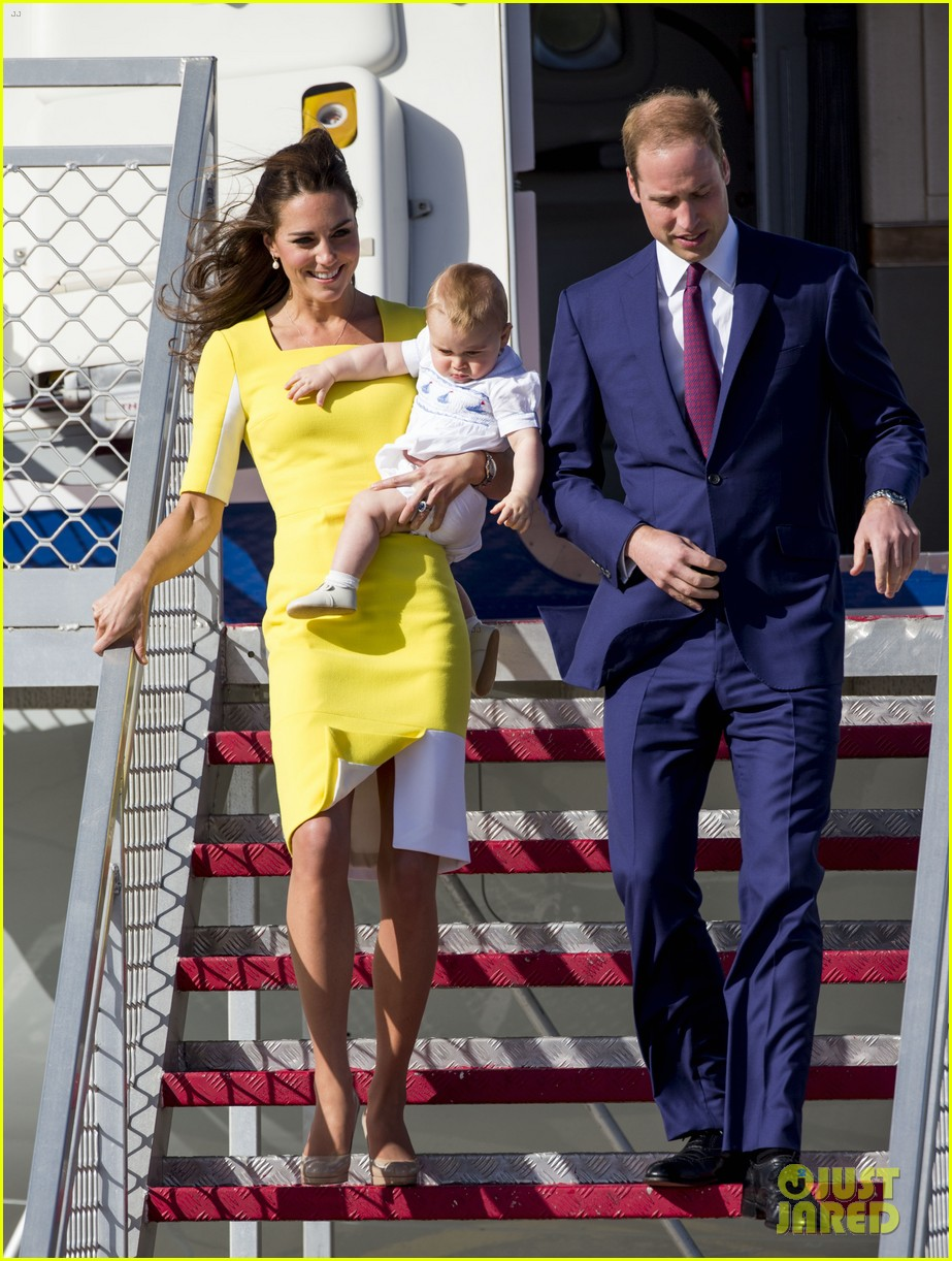 kate middleton changes into yellow dress to arrive in australia 213093104