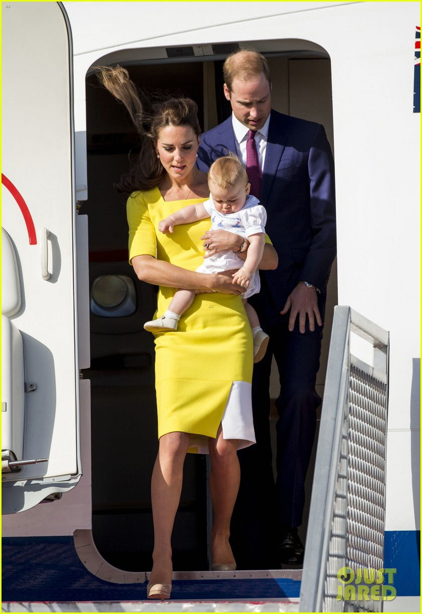 kate middleton changes into yellow dress to arrive in australia 25