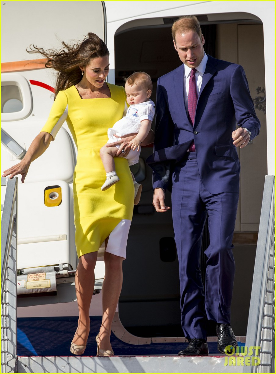 kate middleton changes into yellow dress to arrive in australia 263093109