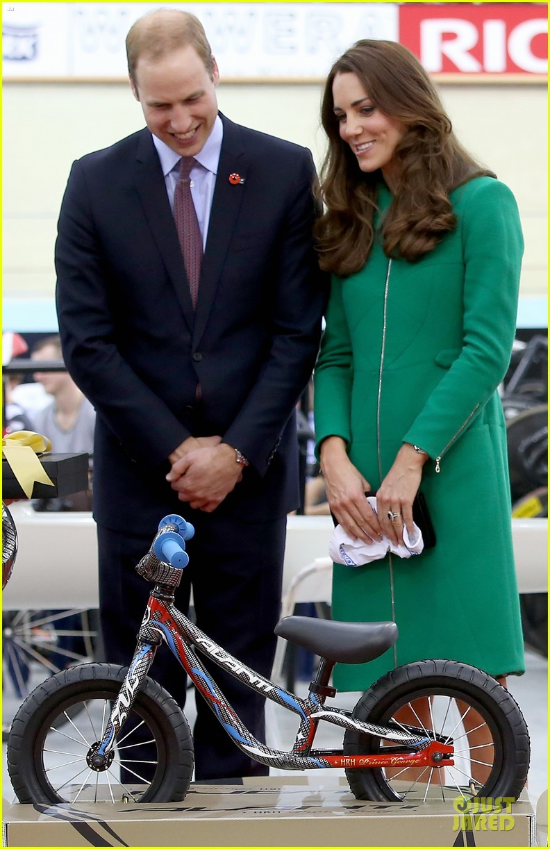 kate middleton prince william get mini bike 023089497