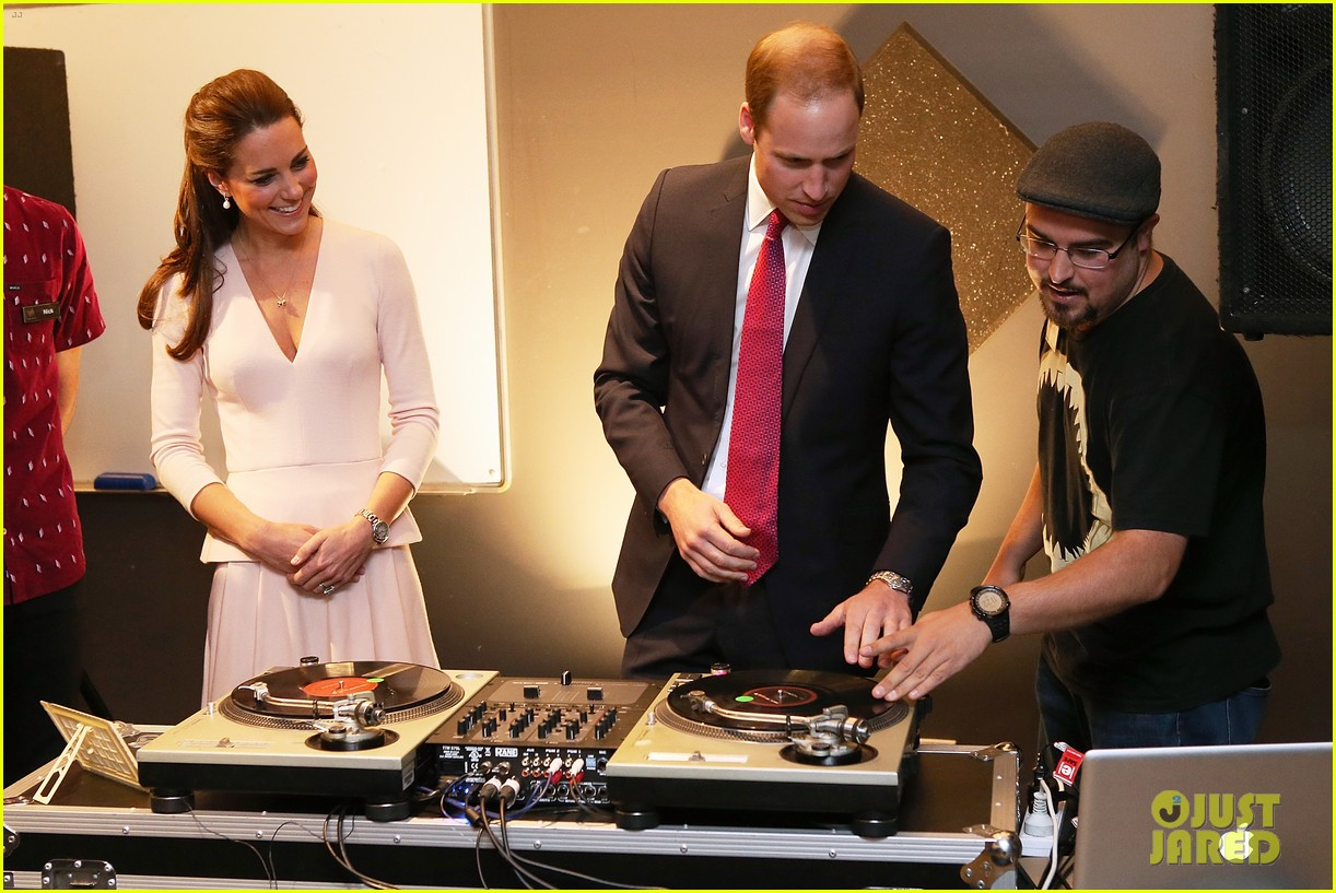 kate middleton prince william hit the dj booth 17