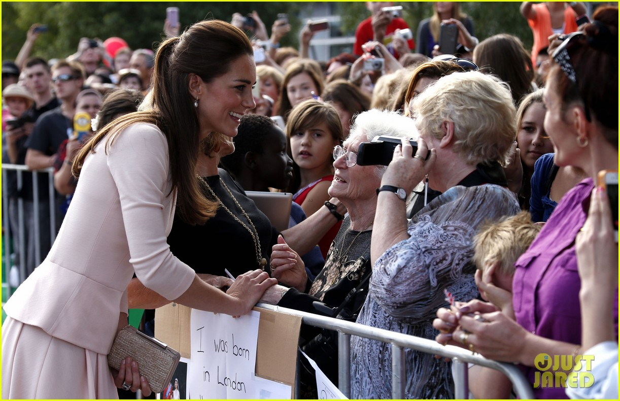 kate middleton prince william hit the dj booth 223097208