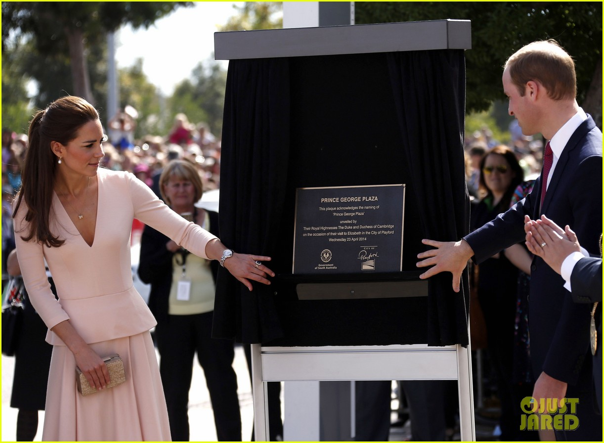 kate middleton prince william hit the dj booth 253097211