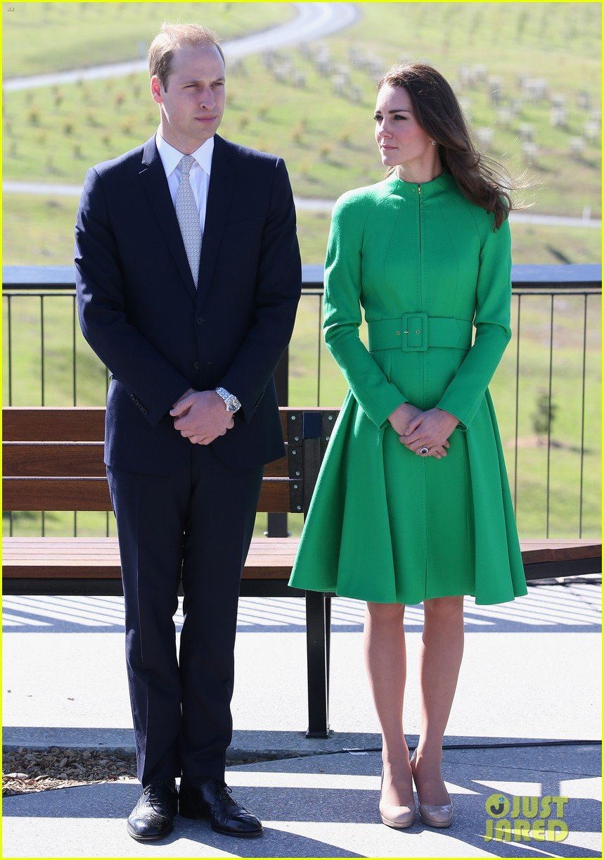 kate middleton prince william express sadness camilla parker bowles brother death 013097857