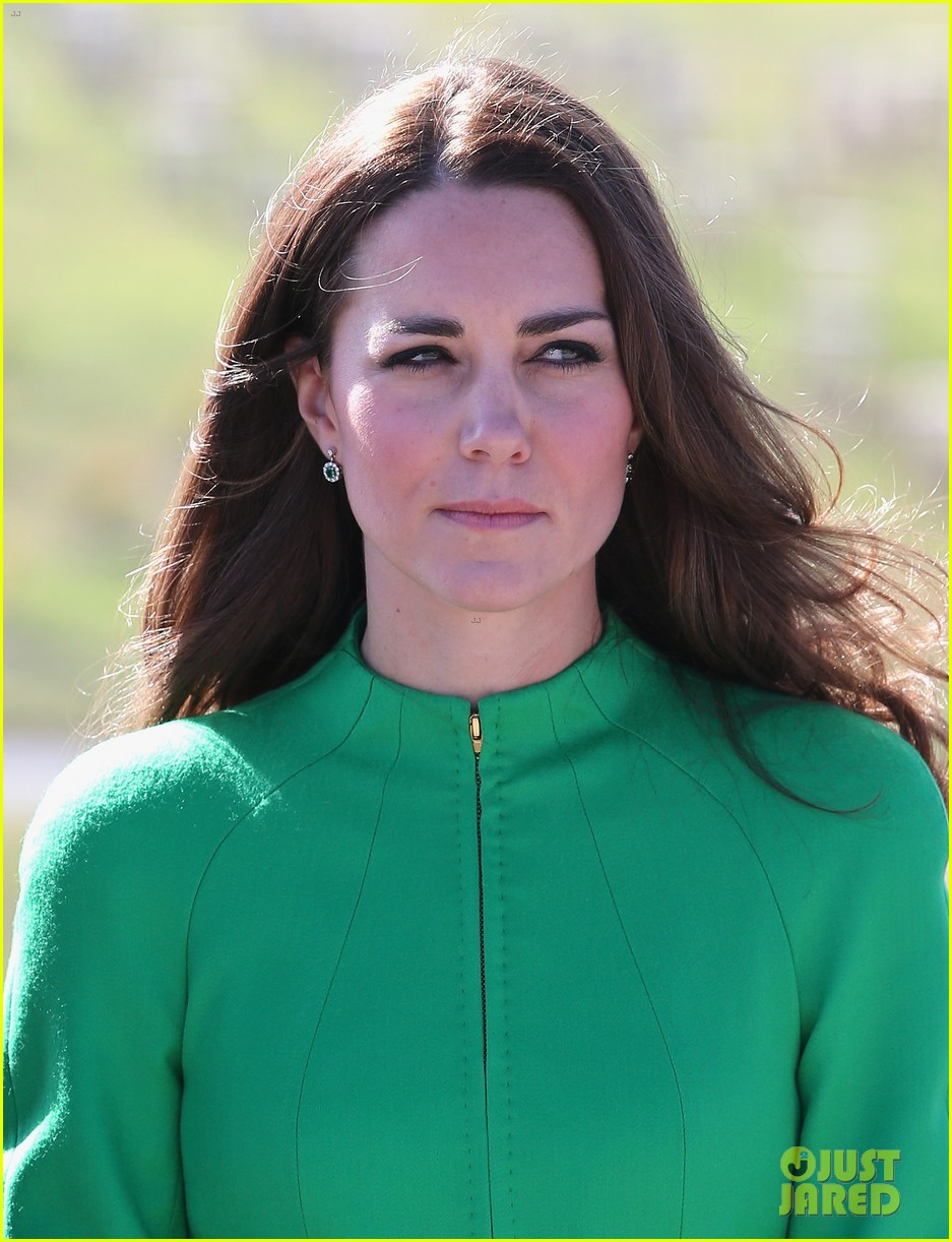 kate middleton prince william express sadness camilla parker bowles brother death 043097860