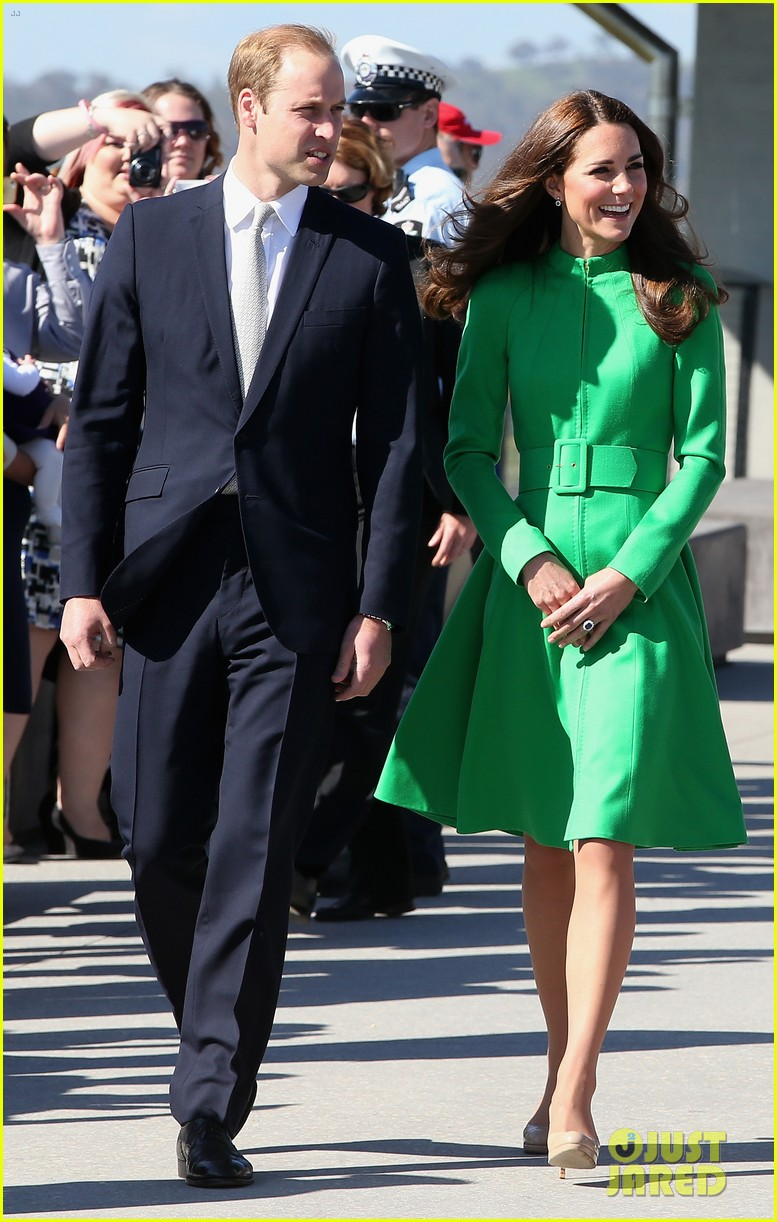 kate middleton prince william express sadness camilla parker bowles brother death 083097864