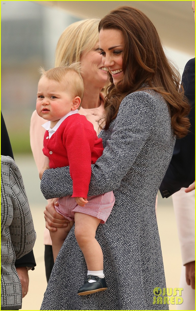 kate middleton prince william prince george say goodbye to australia 083098854