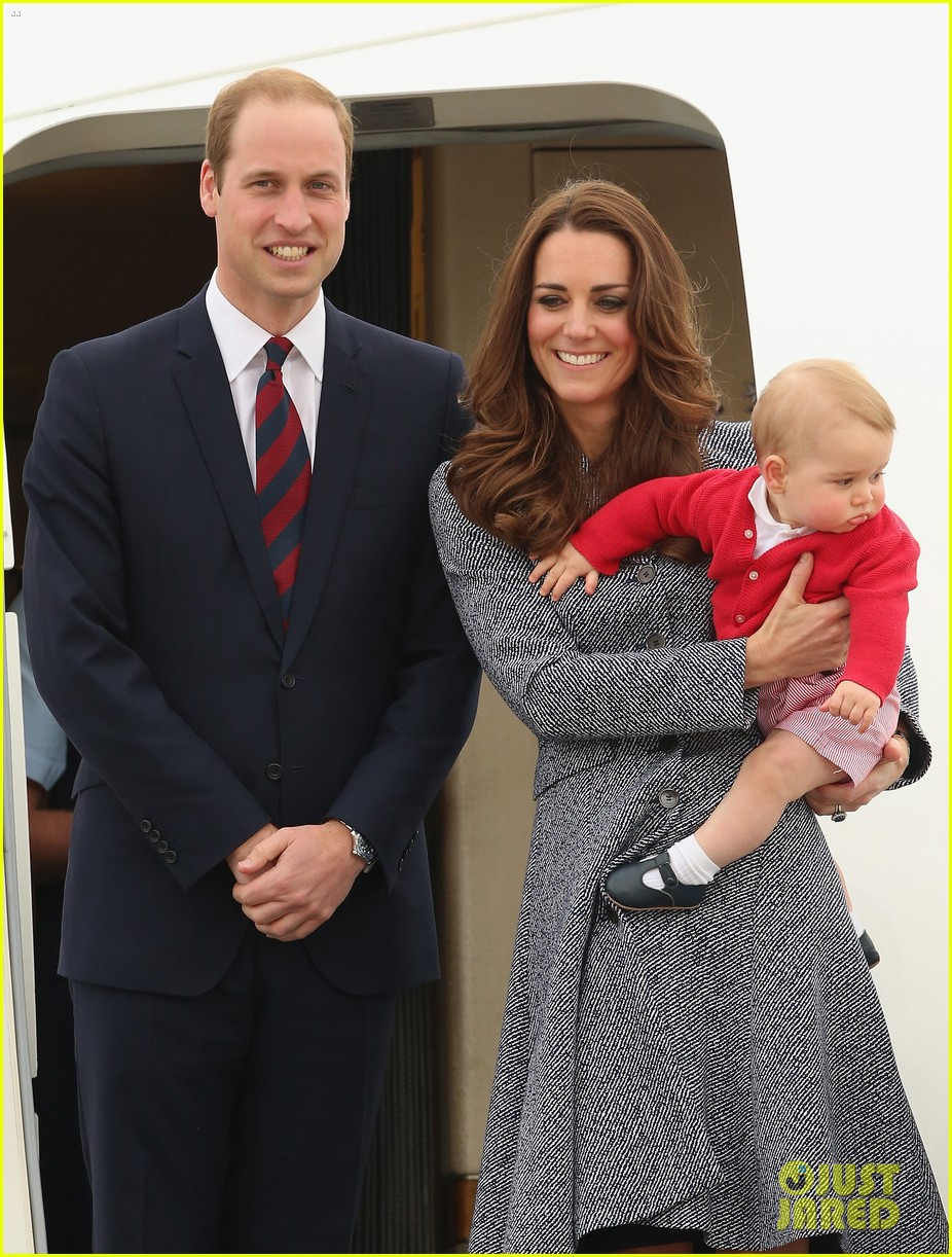kate middleton prince william prince george say goodbye to australia 133098859