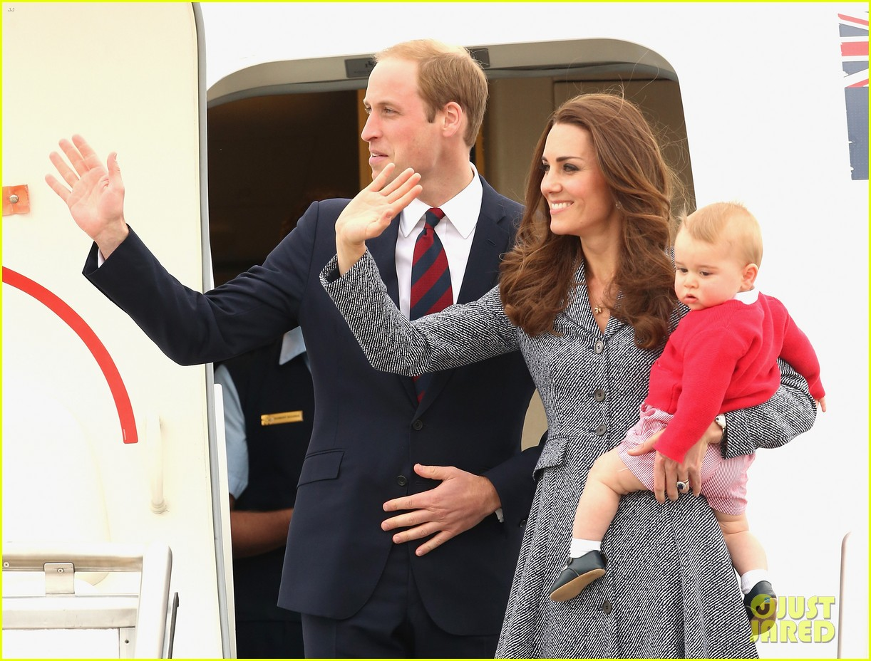 kate middleton prince william prince george say goodbye to australia 143098860