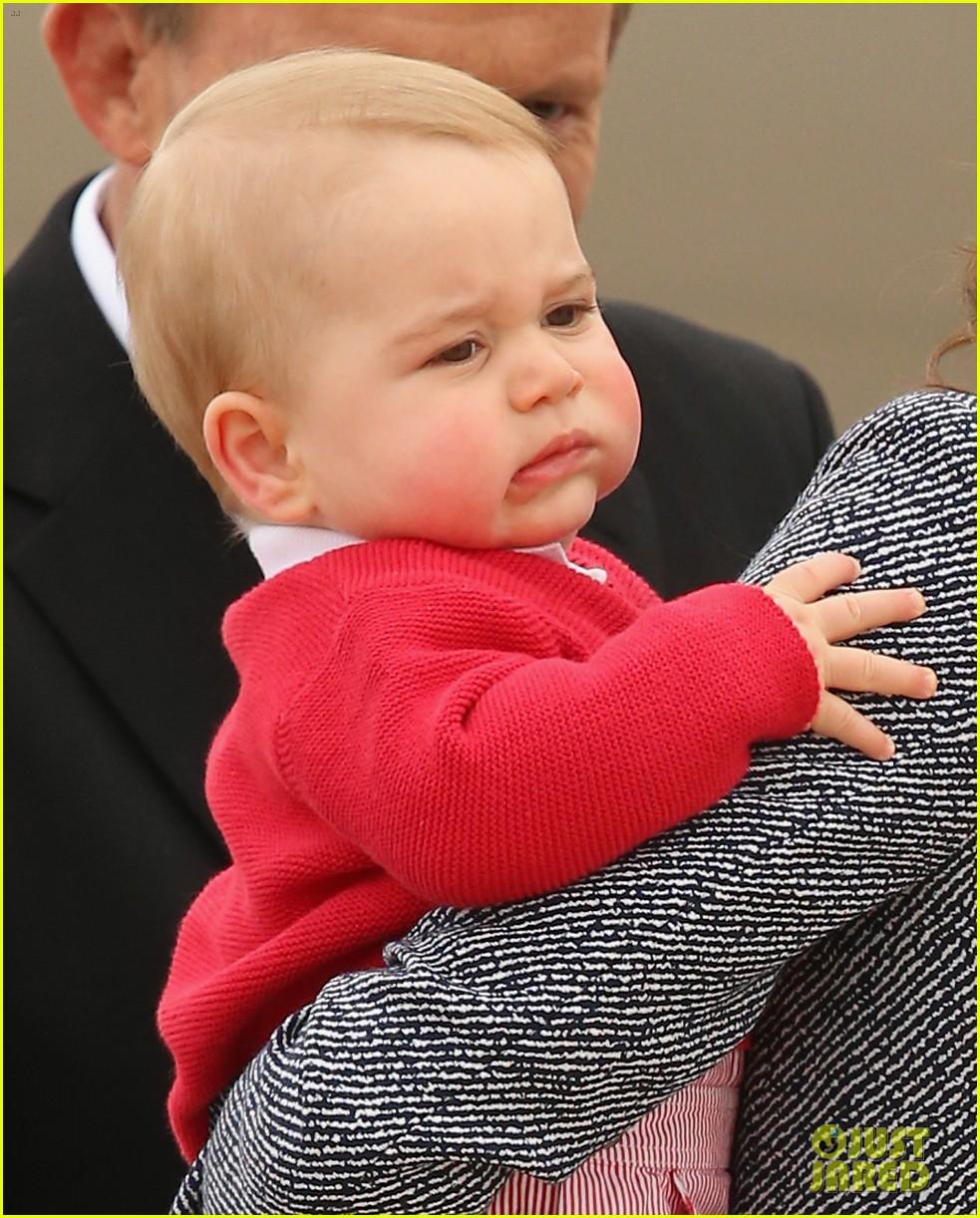 kate middleton prince william prince george say goodbye to australia 203098866