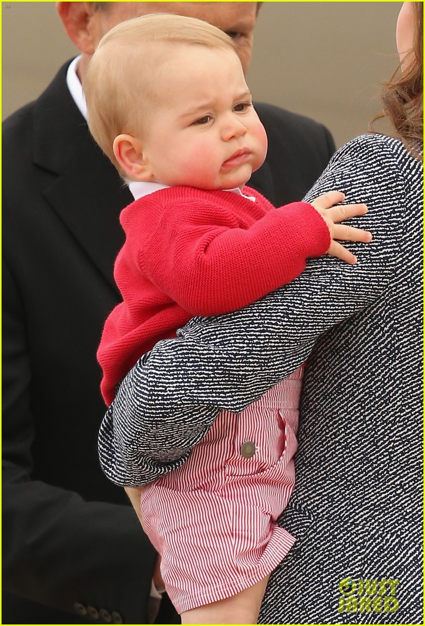 kate middleton prince william prince george say goodbye to australia 293098875