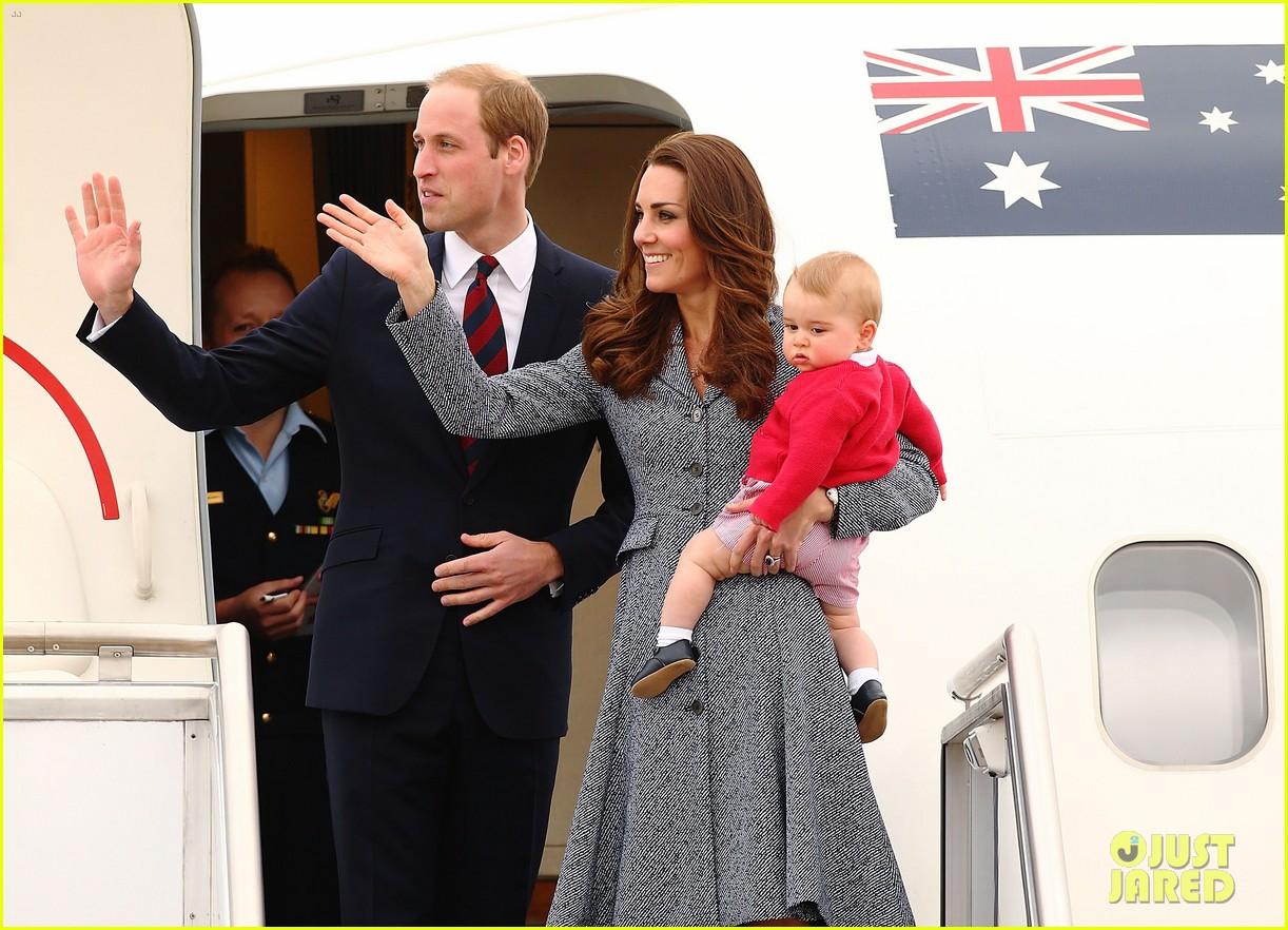 kate middleton prince william prince george say goodbye to australia 343098880