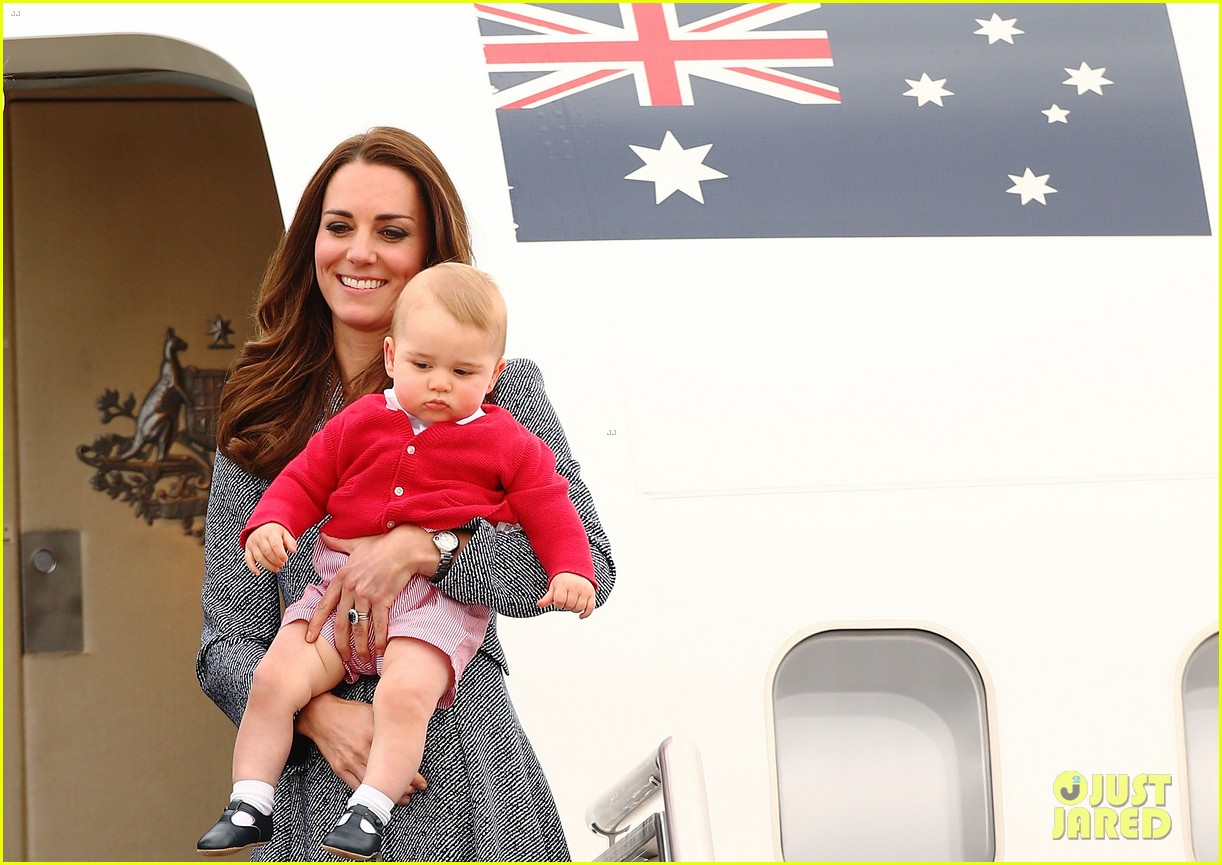 kate middleton prince william prince george say goodbye to australia 373098883