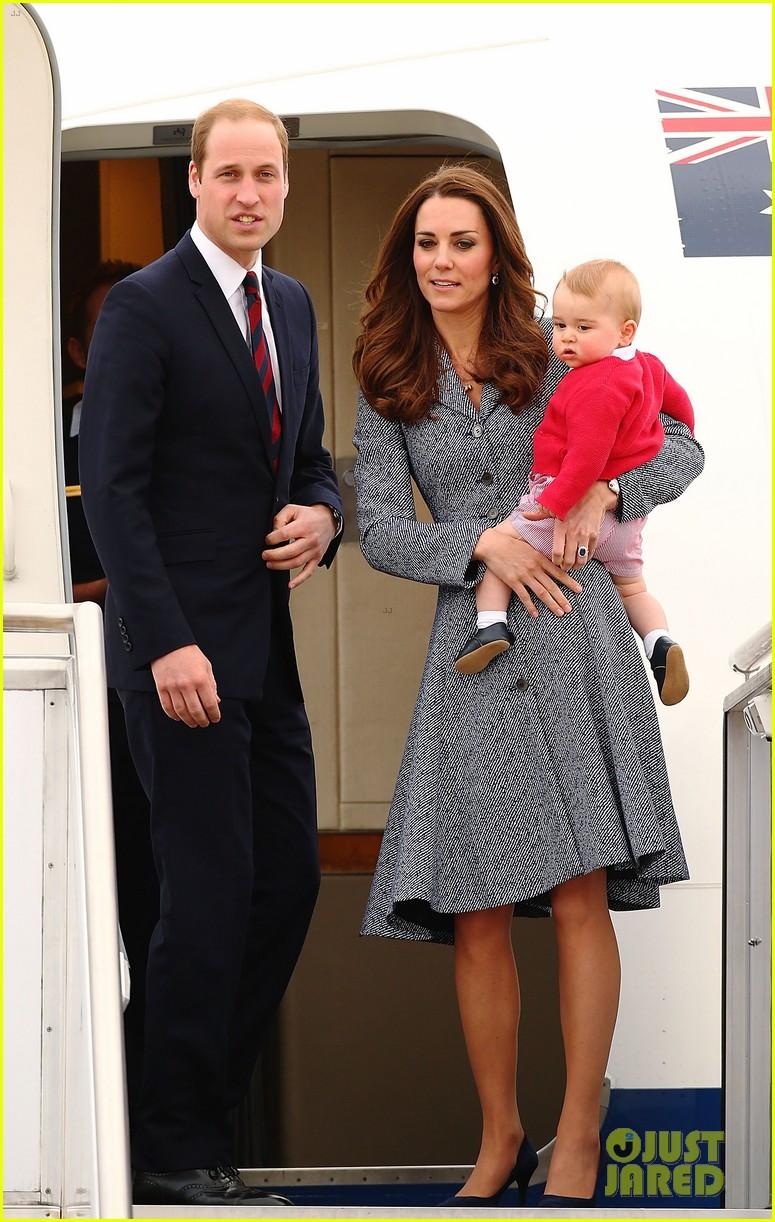 kate middleton prince william prince george say goodbye to australia 403098886