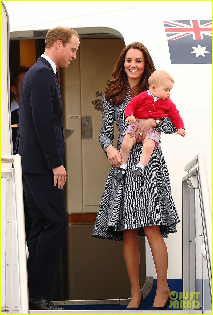 kate middleton prince william prince george say goodbye to australia 41