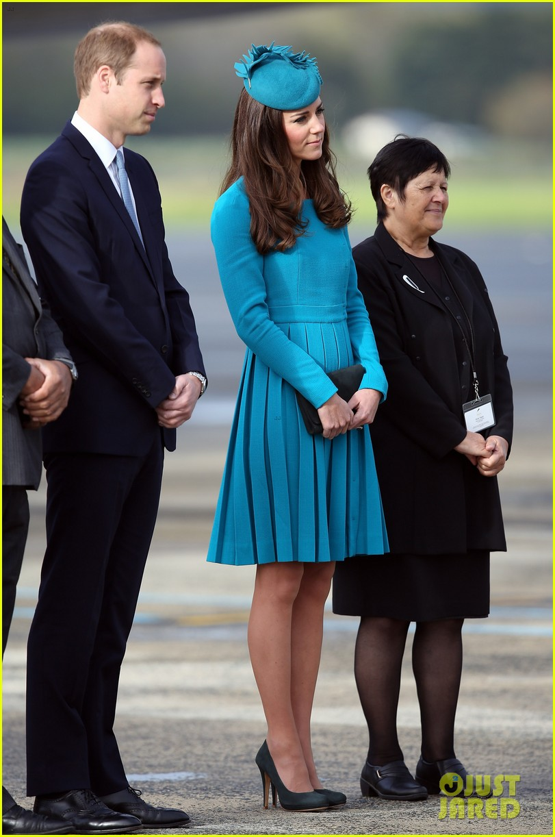 kate middleton matching dress hat best looks 013089929