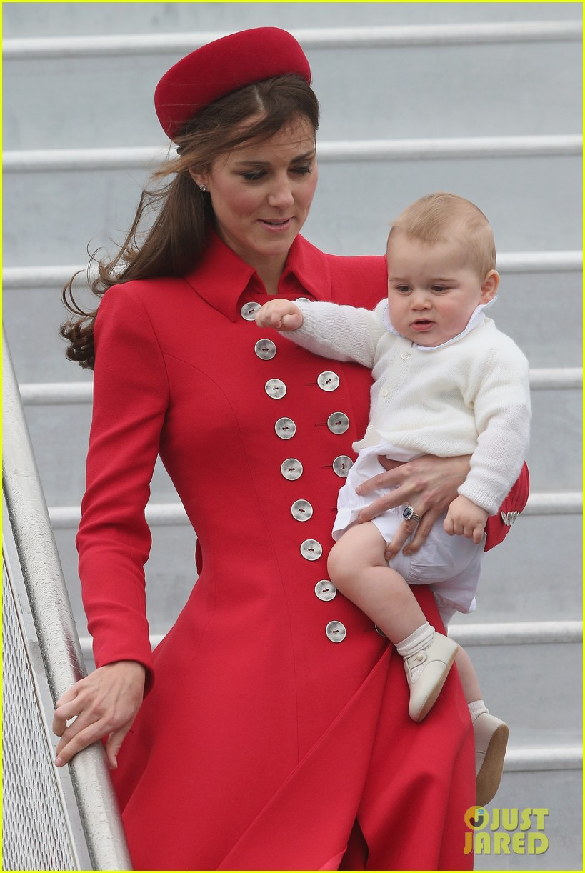 these kate middleton prince george pics are the cutest 013085898