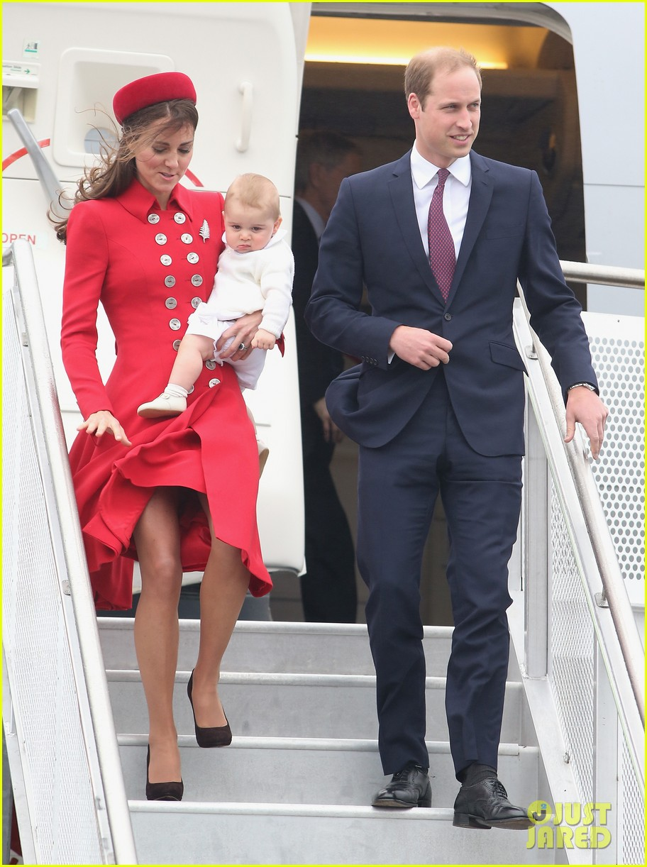 these kate middleton prince george pics are the cutest 04a3085902