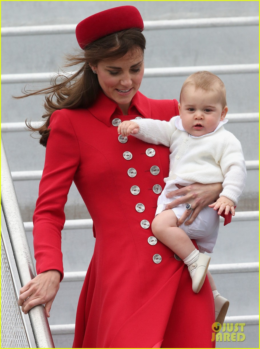 these kate middleton prince george pics are the cutest 063085904