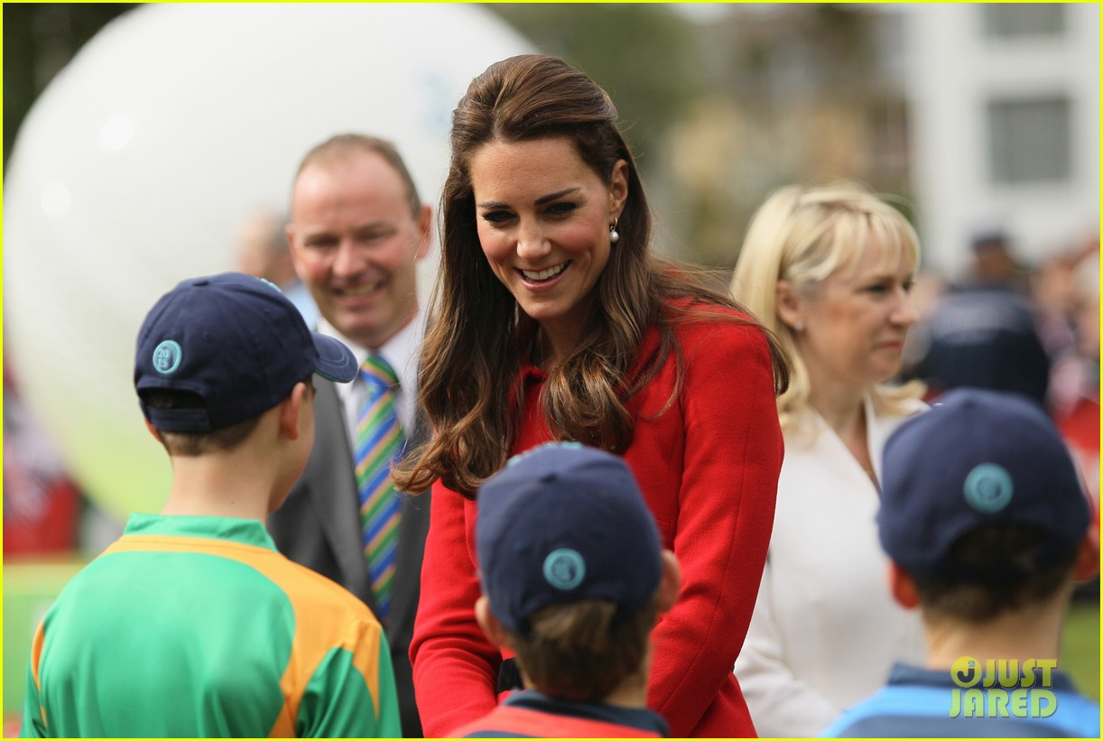 kate middleton not pregnant with second child sources say 063091469