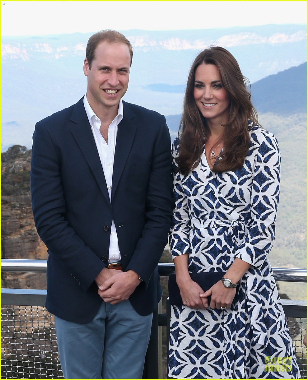 kate middleton prince william plant tree in australia 023093681