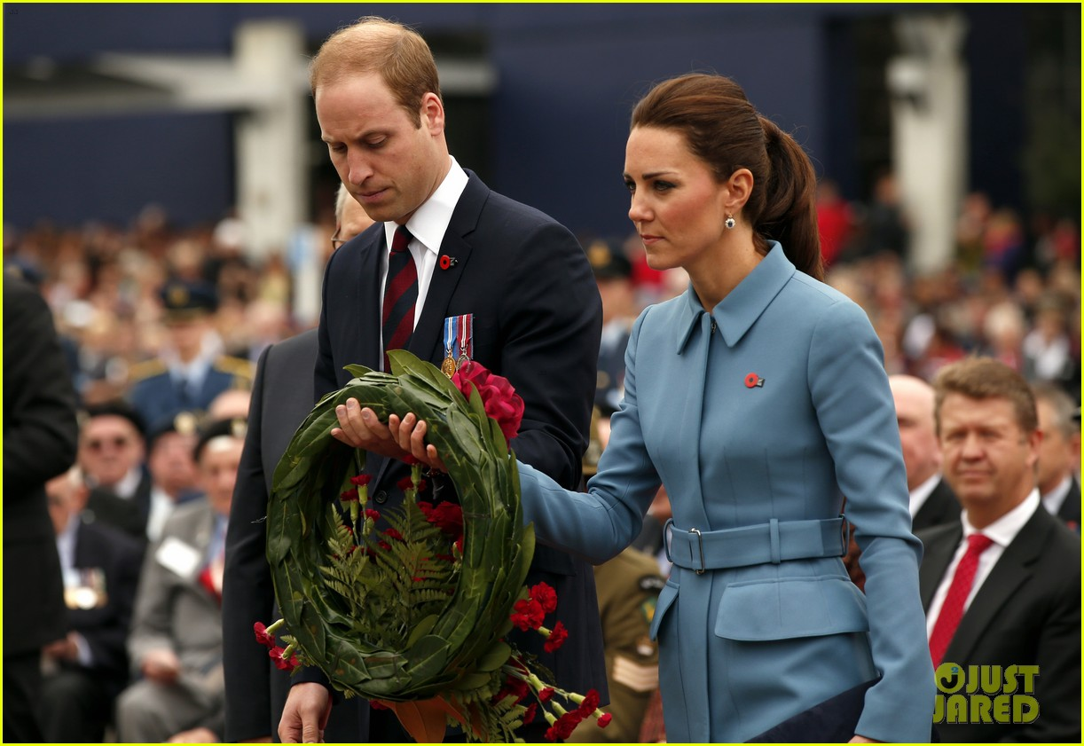 kate middleton prince william war memorial ceremony 043087960