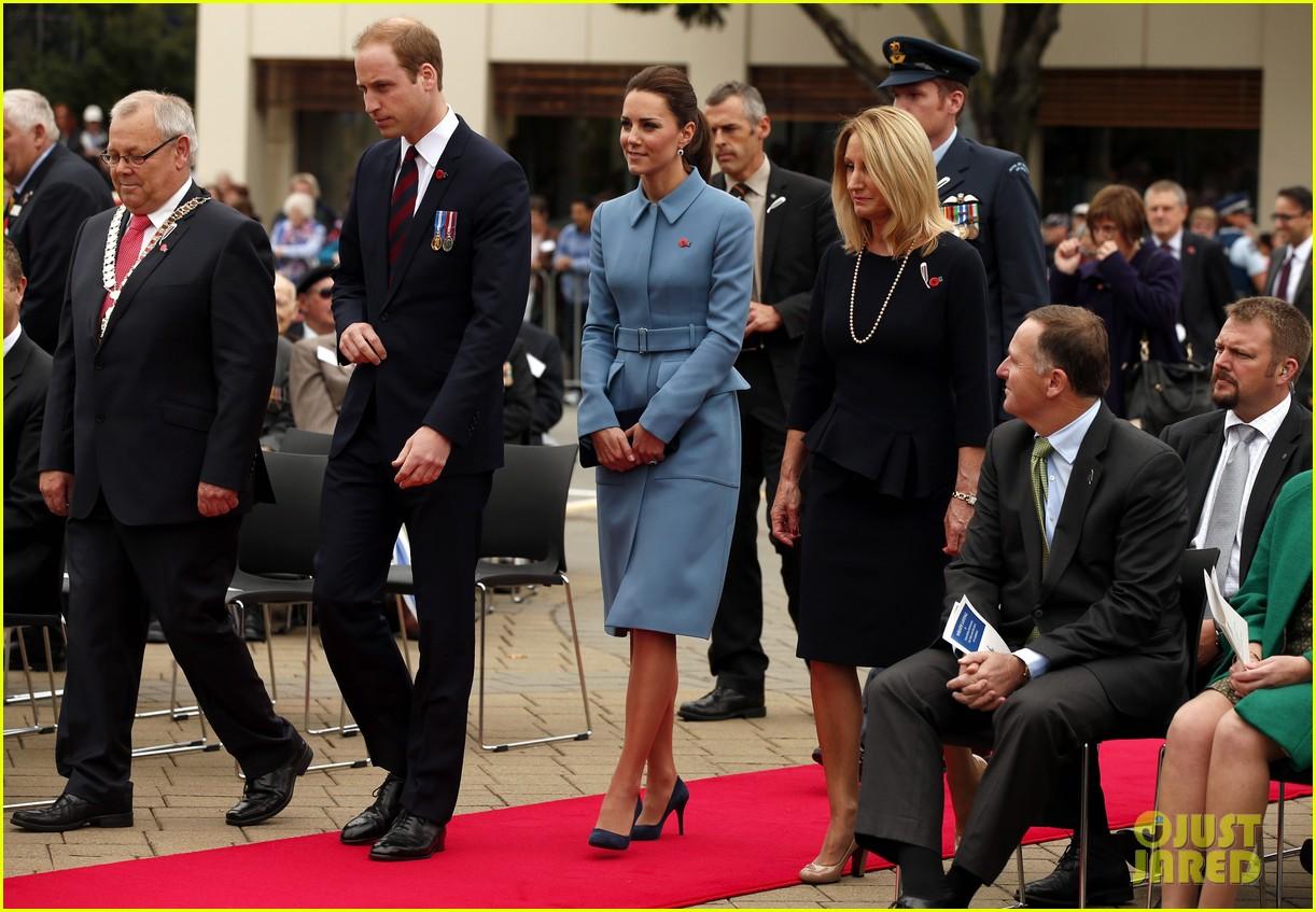 kate middleton prince william war memorial ceremony 053087961