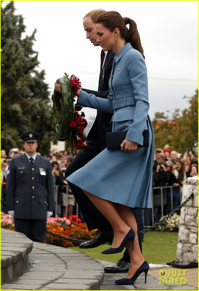 kate middleton prince william war memorial ceremony 073087963