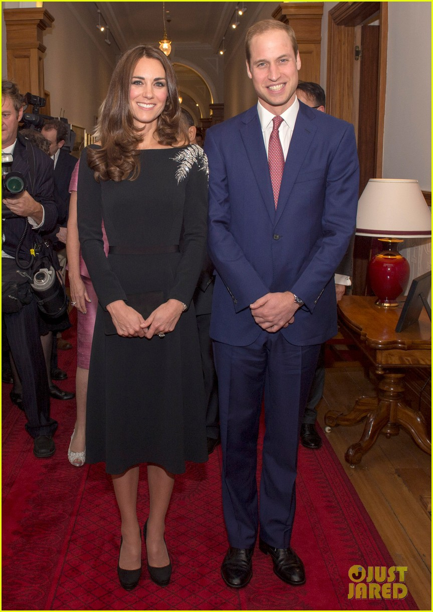 kate middleton prince william send thanks to new zealand for welcoming them bonny lad 033088298