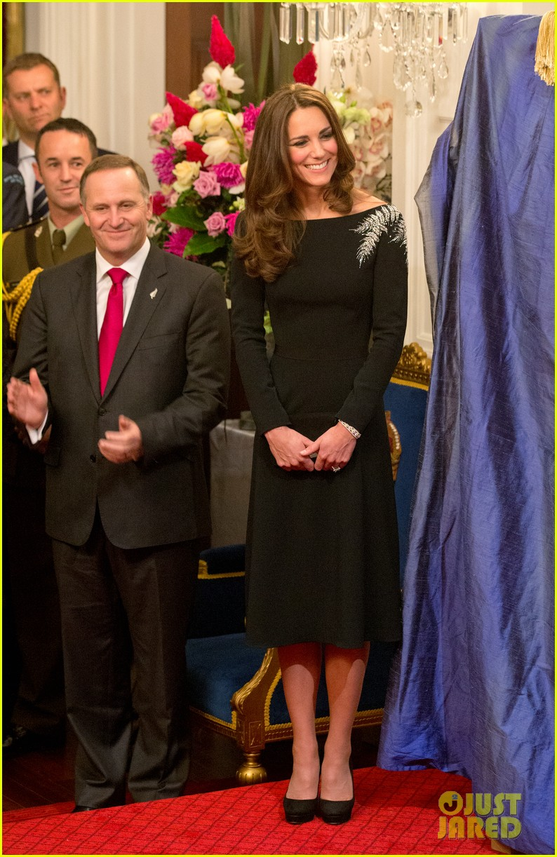 kate middleton prince william send thanks to new zealand for welcoming them bonny lad 113088306