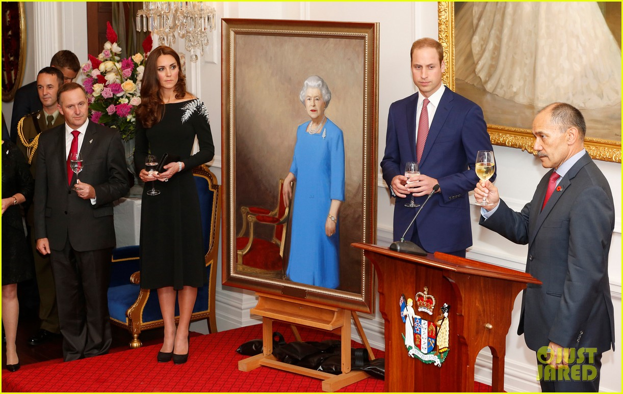 kate middleton prince william send thanks to new zealand for welcoming them bonny lad 123088307