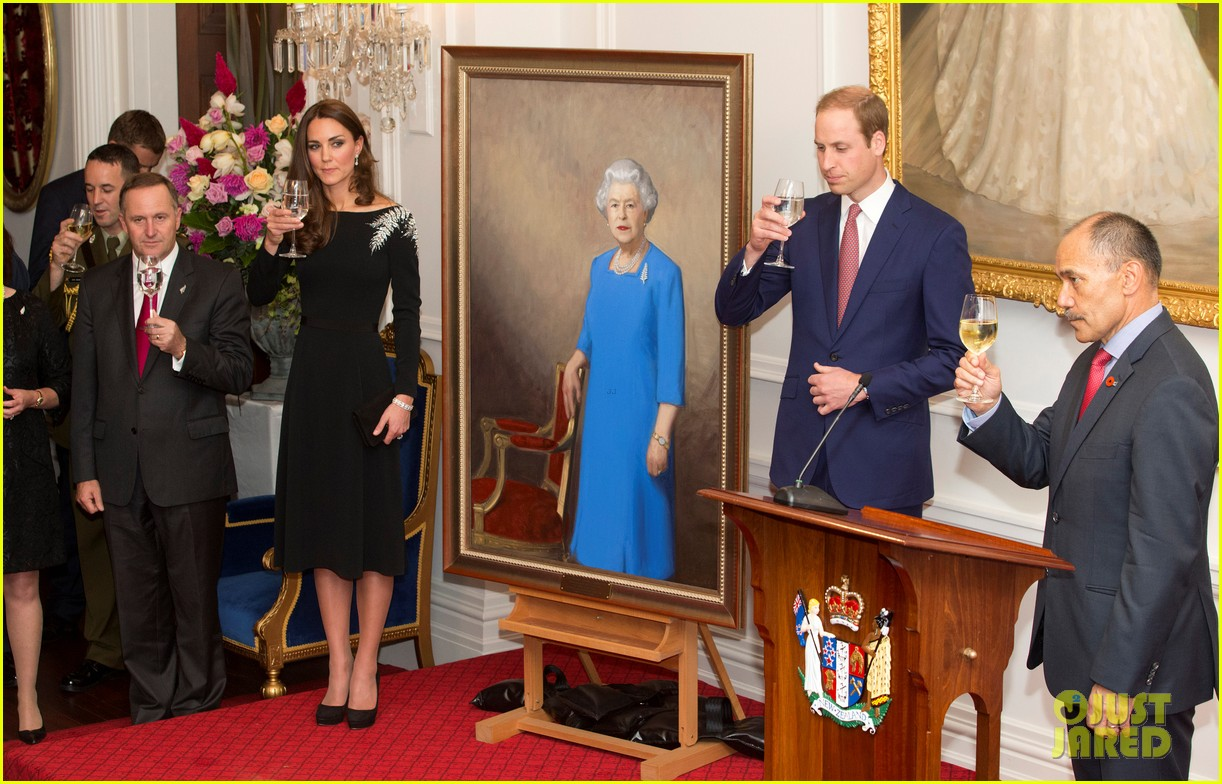 kate middleton prince william send thanks to new zealand for welcoming them bonny lad 133088308
