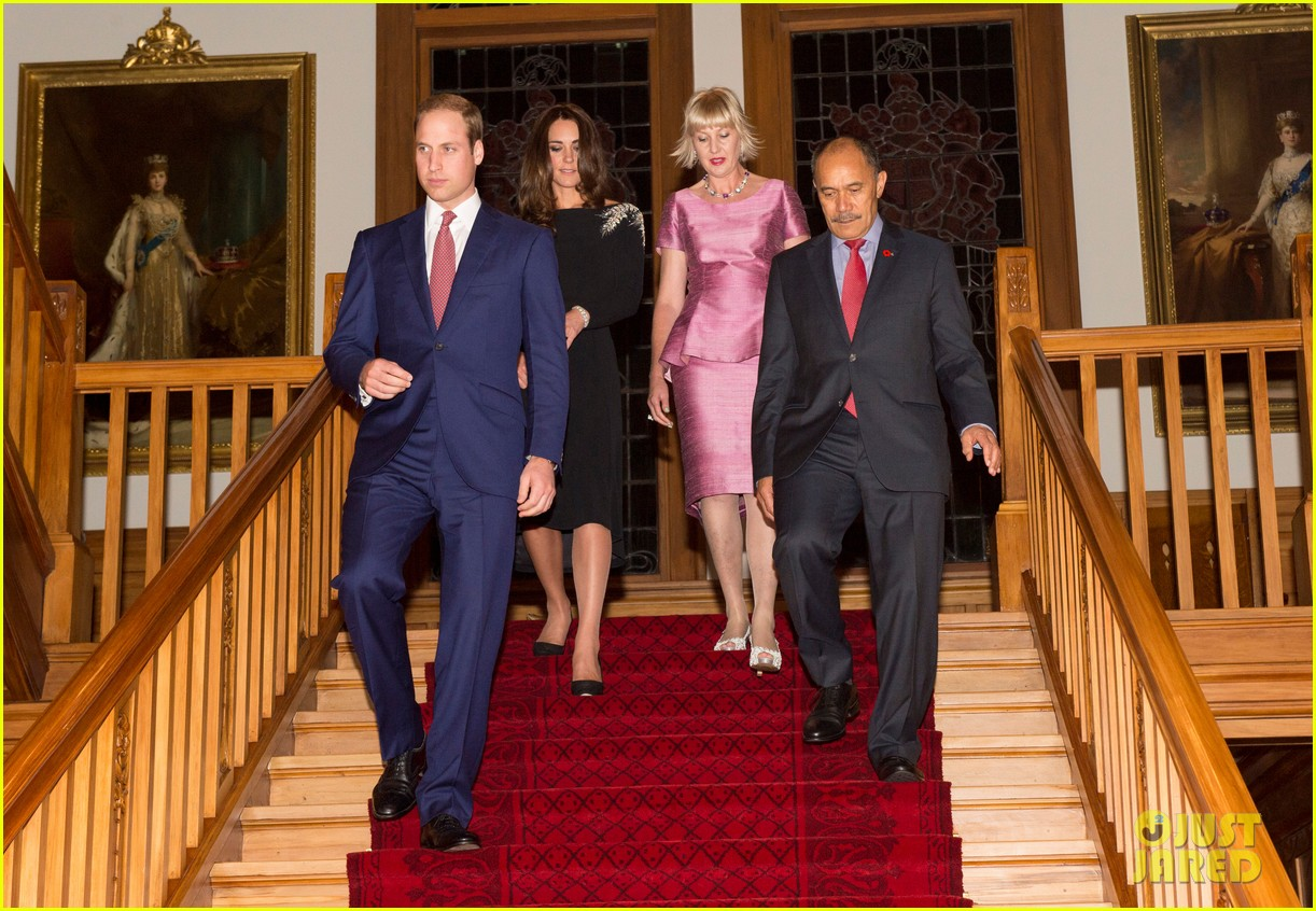 kate middleton prince william send thanks to new zealand for welcoming them bonny lad 203088315